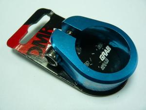 Хомут седла ф31.8 с болтом DMR Grab blue