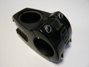 """Вынос 1-1/8""""  40х10°х ф31.8 FSA Gravity Black DH ST-DH-310-OS 172-3100"""