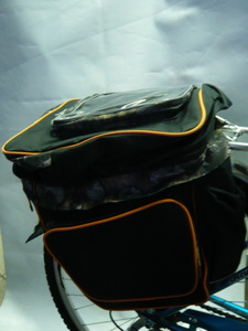 Сумка 14276 на багажник 45л бок.сумки-290х140х250мм, верхн.сумка 410х120х350 ткань с пропиткой чёрн.